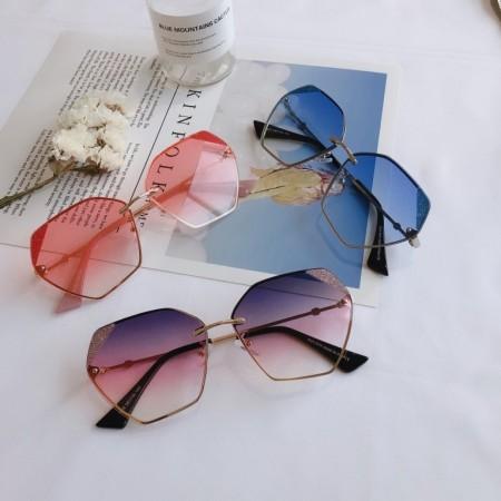 【免運】夏季金屬不規則框遮陽太陽眼鏡修飾顯瘦墨鏡男女款(附贈眼鏡盒)  X RUNWAY FASHION ICON