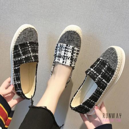 【免運現貨黑39】毛絨絨平底休閒福樂鞋(2色) X RUNWAY FASHION ICON