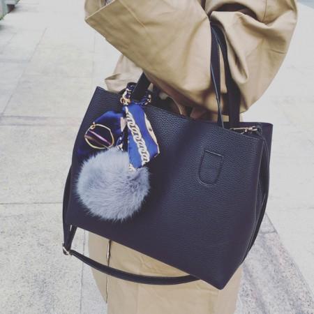 【免運】超可愛秋冬毛毛球皮感絲帶質感水桶包 斜肩包 手提包 X RUNWAY FASHION ICON