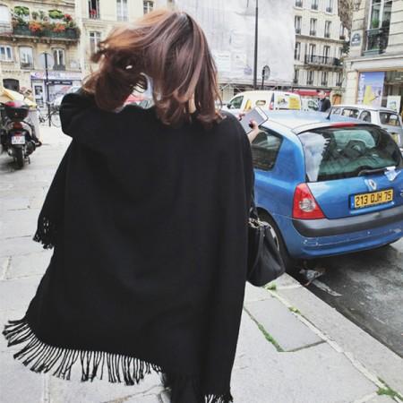【影片實拍】【免運】歐風時髦流蘇仿羊絨百搭黑色加厚披肩保暖圍巾 X RUNWAY FASHION ICON