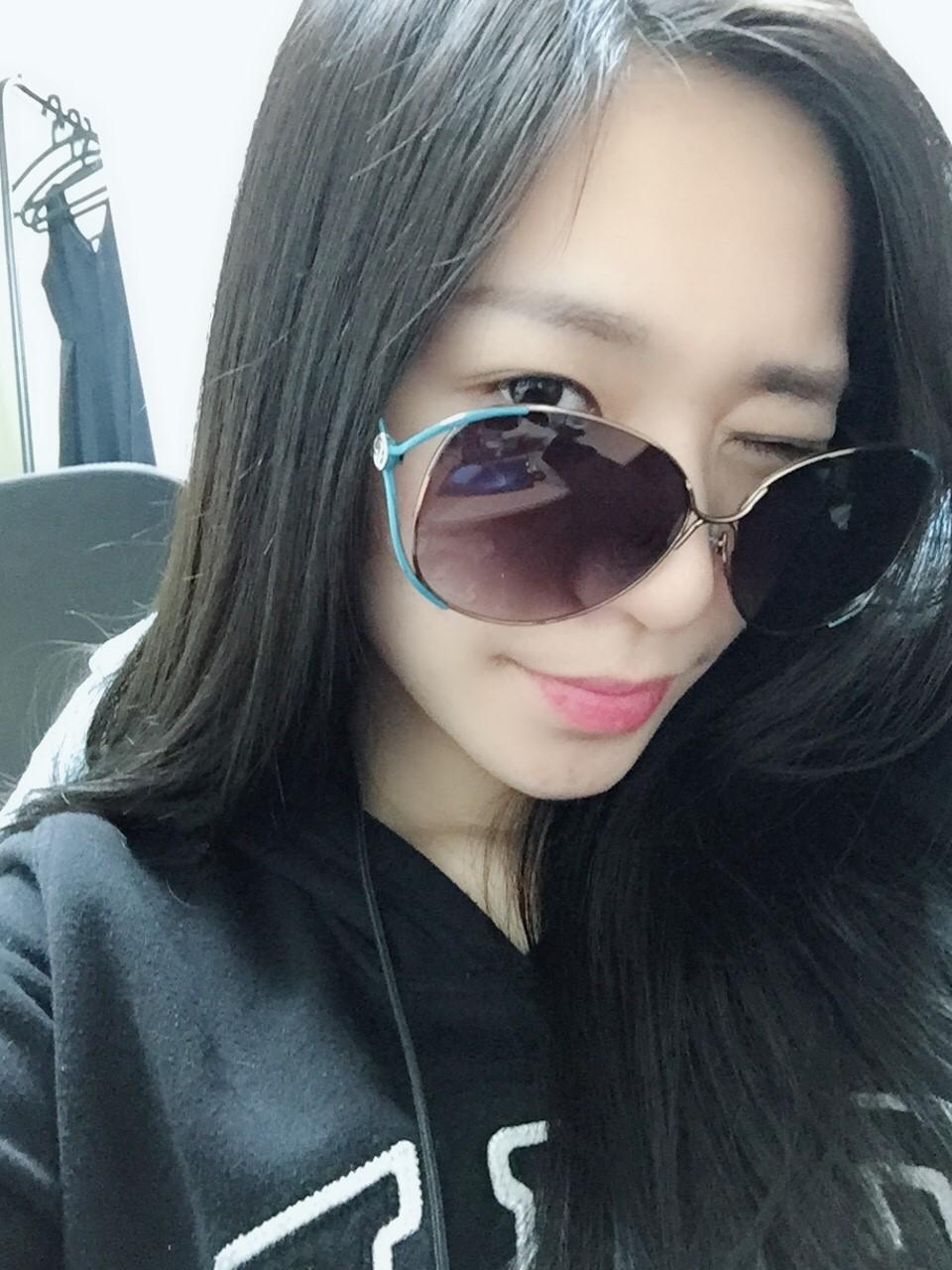 【絕版現貨優惠出清】大圓框繽紛兩色太陽眼鏡(藍)