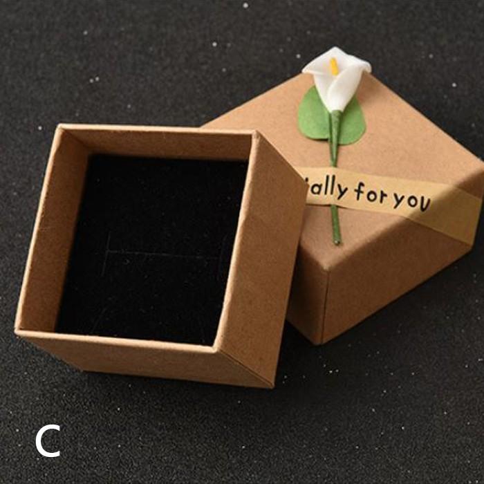 牛皮紙項鍊耳針戒指飾品小禮品包裝盒禮物盒飾品盒 X RUNWAY FASHION ICON