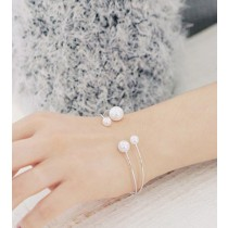 氣質女孩♥優雅珍珠♥手環 X RUNWAY FASHION ICON