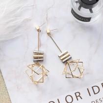 立體歐美幾何多層次設計感多邊形垂墜鑽防敏鋼針 耳針耳環 X RUNWAY FASHION ICON