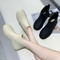 【免運】時尚防滑短筒厚底雨鞋 ♥ 素面簡約休閒平底鞋 (2色) X RUNWAY FASHION ICON
