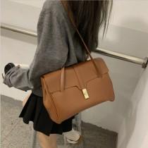 【免運】大容量復古皮革質感掀蓋包托特包 ♥ 小資女通勤實用手提包單肩包 (3色) X RUNWAY FASHION ICON