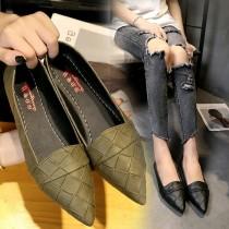 【影片實拍.免運】韓版淺口簡約尖頭平底鞋工作鞋 (2色) X RUNWAY FASHION ICON