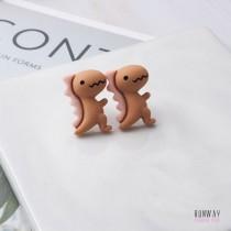 【正韓.現貨】萌哒哒可愛小恐龍耳針耳環 (2色)X RUNWAY FASHION ICON